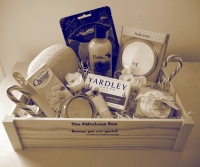 Gifts for Her. Gift Hampers UK