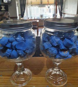 blue wax melts in jars